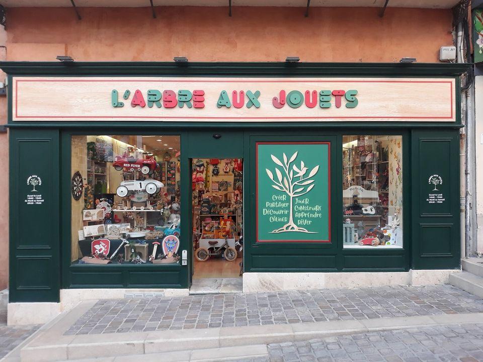 Dracénie Provence Verdon Agglomération - L'ARBRE AUX JOUETS
